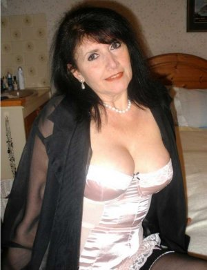 Kizzy privat escort in Kempen
